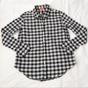 Black and white gingham plaid button down shirt